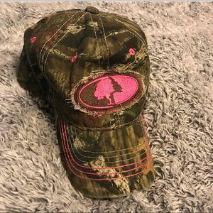 Camo Hat w/ Pink !!